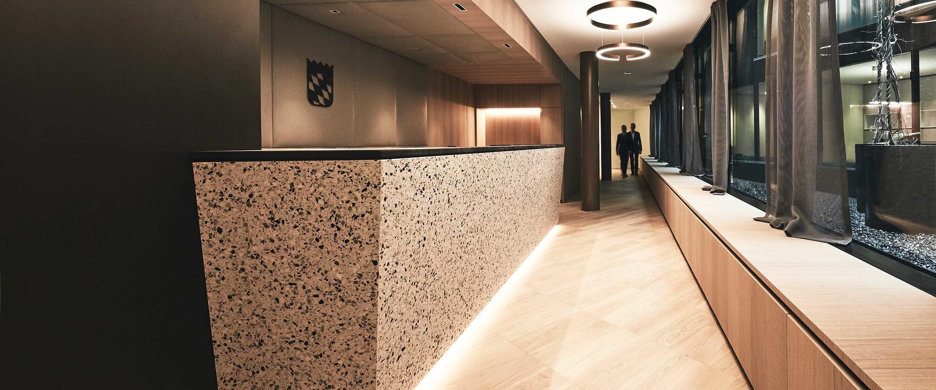 Eingangsbereich Notariat Dr. Markus Riemenschneider in München